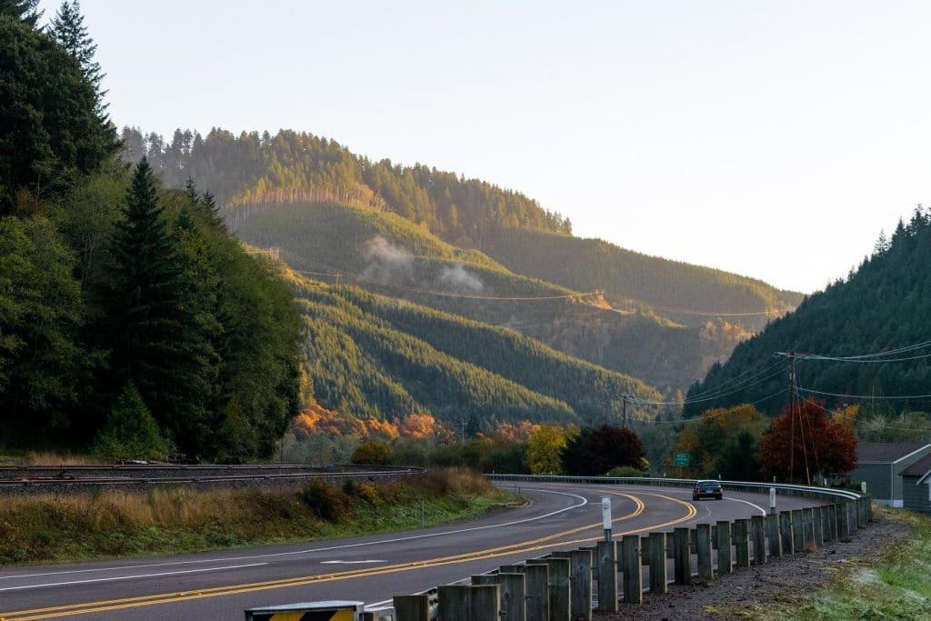 Oregon highway in front of mountain range
